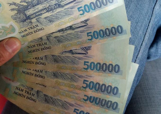 不断贬值的法币 VS 加密货币